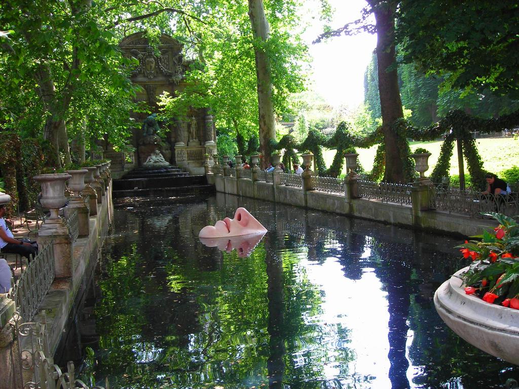 Reflecting Pool by FrenzyModel