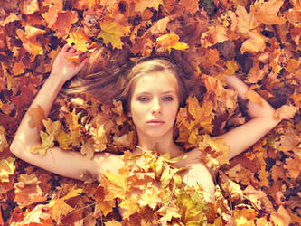 PhotoSession-InAutumnLeaves 2 by RuslanKadiev