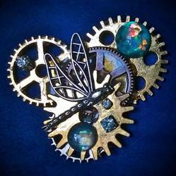 Dragonfly cosmic gears brooch_2a