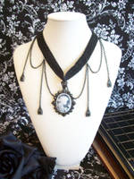 Victoria's Choker by lessthan3chrissy