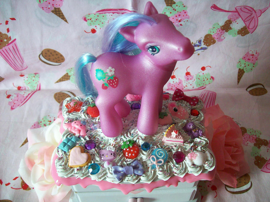 My Little Pony Jewelry Box Sweetberry by lessthan3chrissy ...
