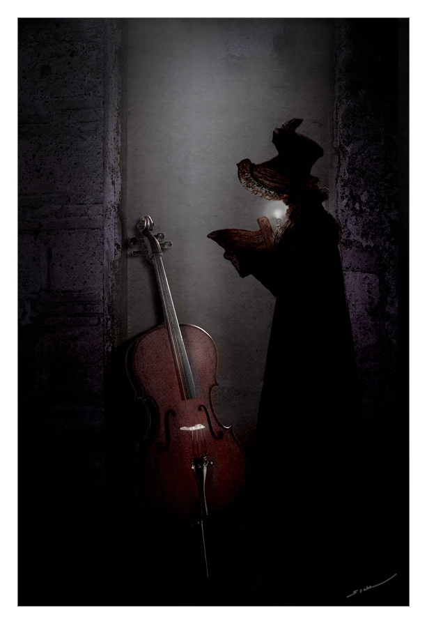 cello player by crotalo