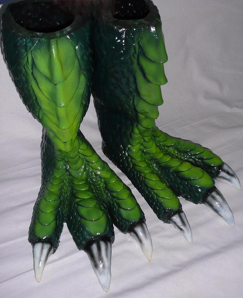 Larp Dragon Feet green by Arooki