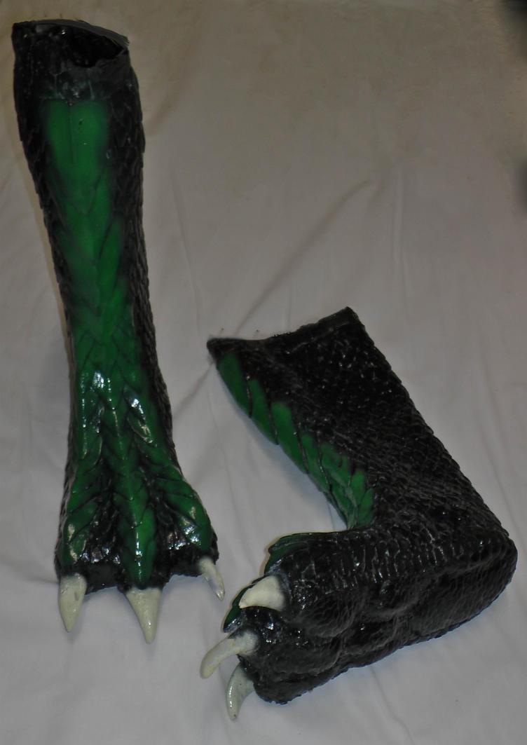 Latex  Dragon Feet by Arooki