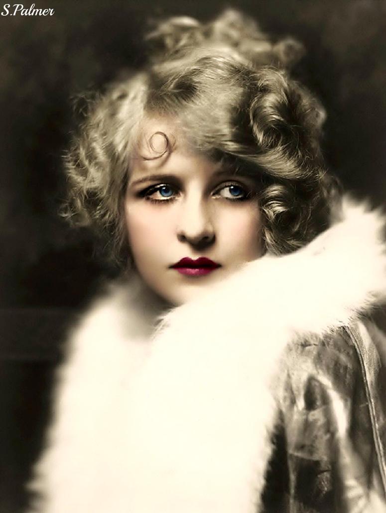 Ziegfeld Girl- Myrna Darby by ziegfeldfollies