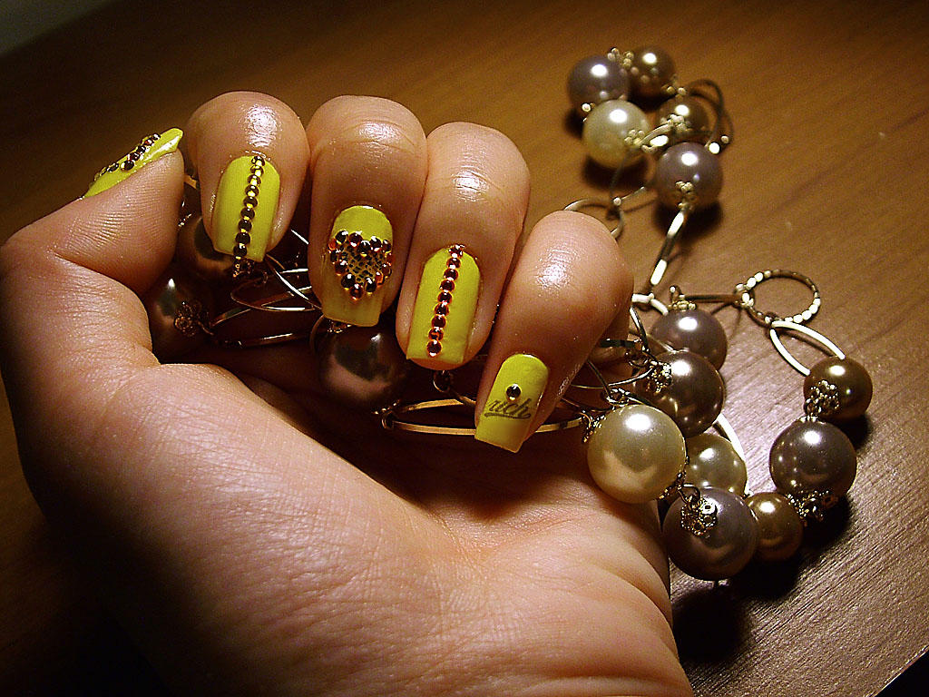 Nail Art - Rich Girl II by bluenotes on DeviantArt
