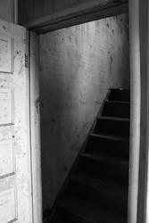 Doorway by fivepi0nt