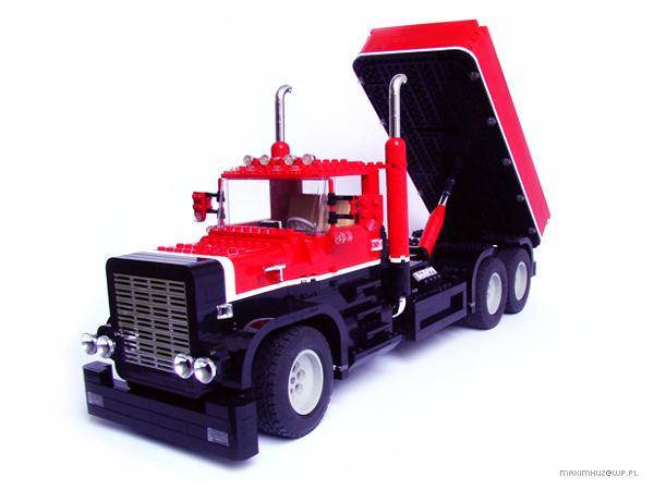 Lego Truck by Maximhuz
