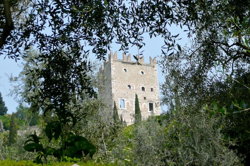A Castle by lami