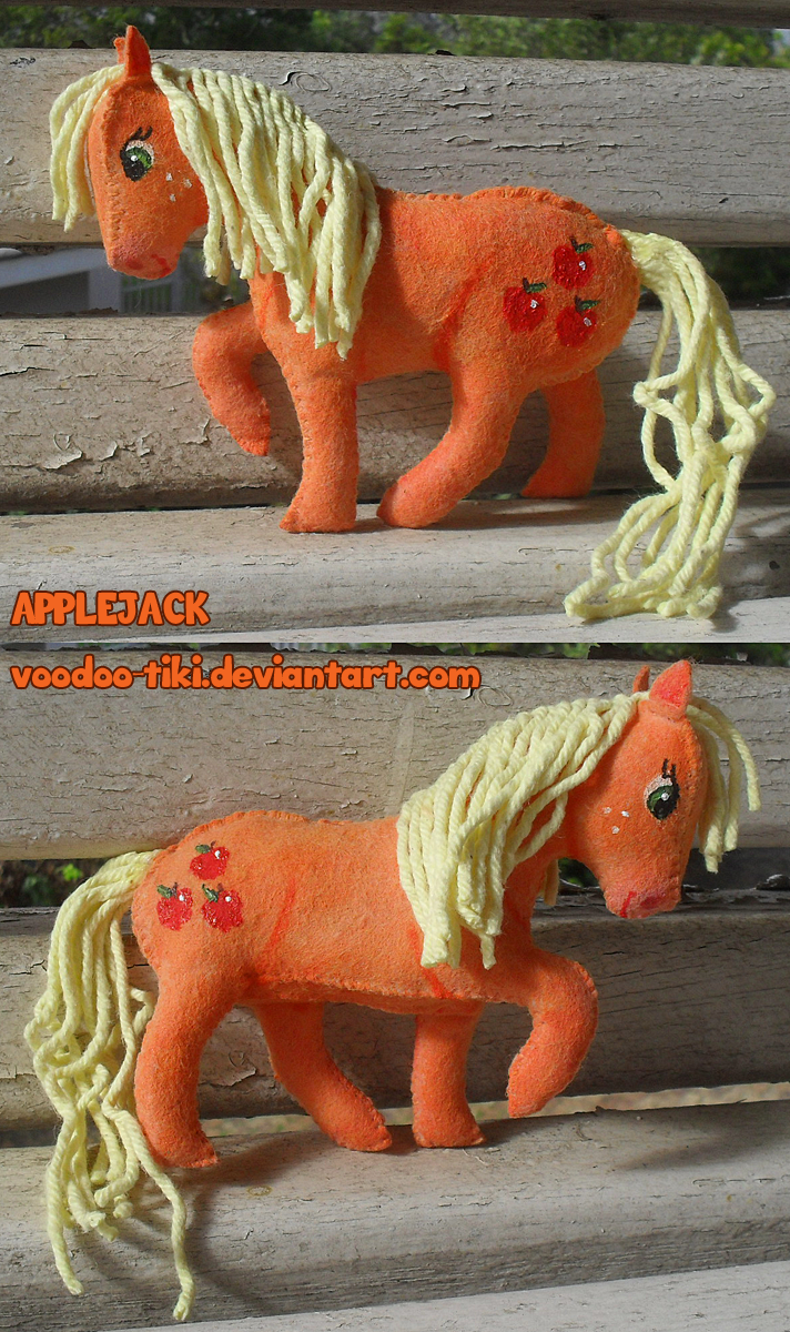 Applejack feltie by Voodoo-Tiki