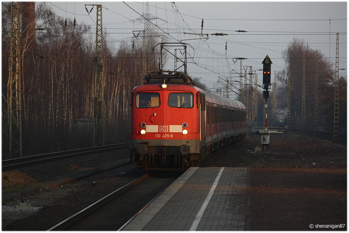 Last Light by shenanigan87