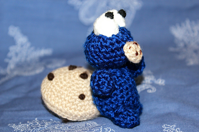 Amigurumi Cookie Monster Pattern : Baby Cookie Monster Amigurumi by wheredidmycrochetgo on ...