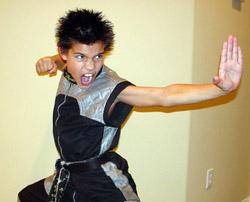 Taylor Lautner Karate by xkelseybelsey on DeviantArt