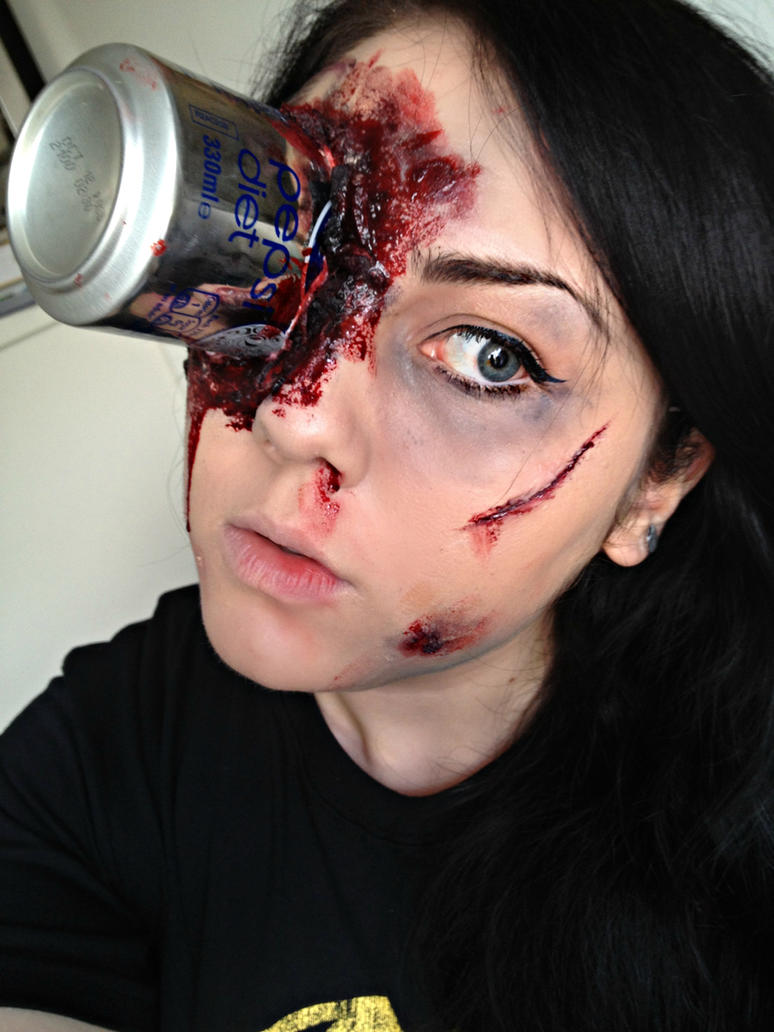 Pepsi can SFX make-up by KikiMJ