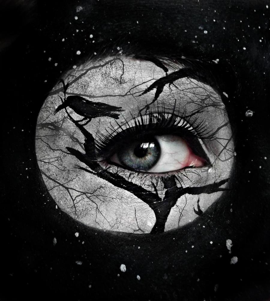 Moon by KikiMJ