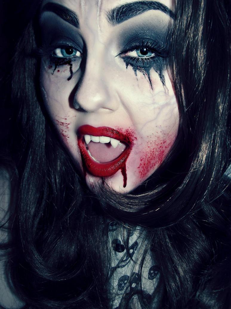 Vampirism by KikiMJ