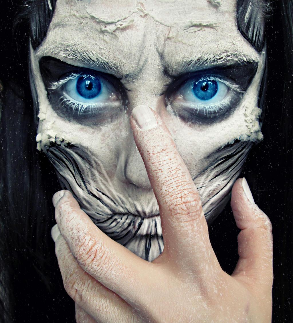 White Walker! by KikiMJ