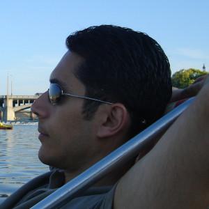 robertoalamino's Profile Picture