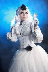 White Gothic Queen Stock
