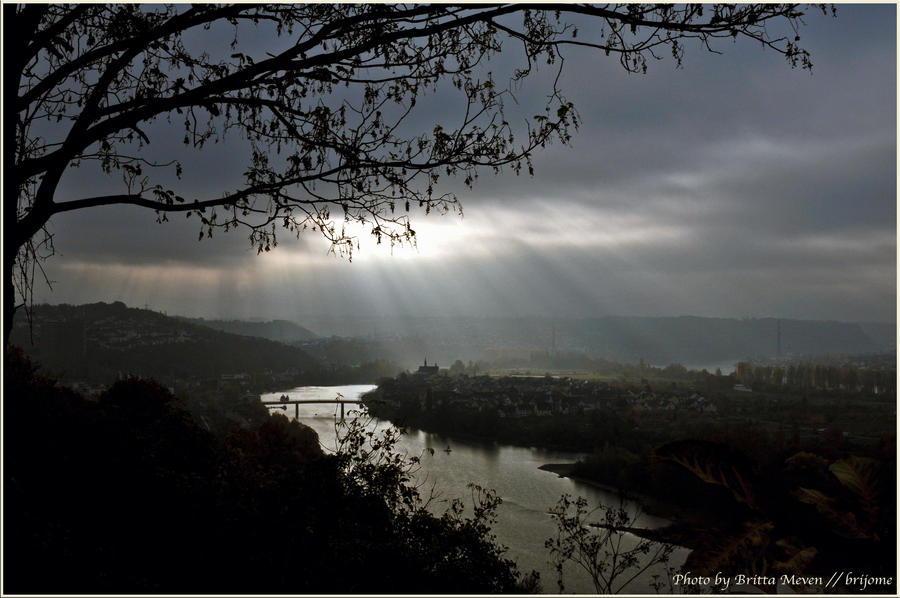 light for dreaming near Koblenz by brijome