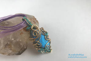 Gold Frost - Labradorite Art Nouveau Mini Pendant