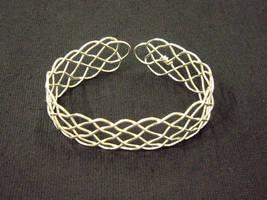 19 loop prolong knot bracelet