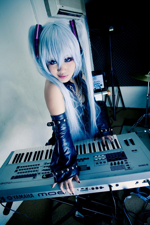 Cosplays~ Hagane_Vocaloid__Metal_Idol_by_Astellecia