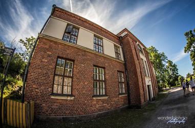 A building in Suomenlinna by wonderfulphoto