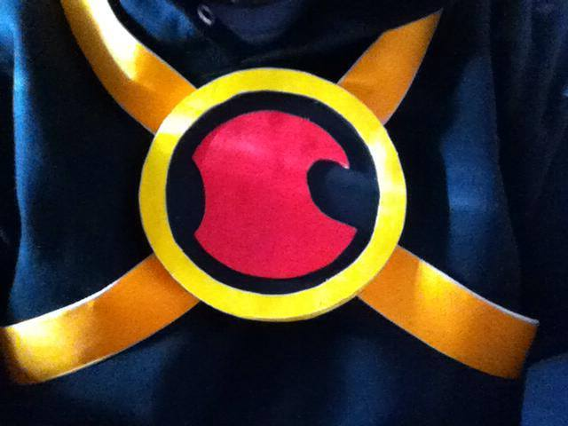 New 52 Red Robin Chest Beltsymbol By Grand Master Connor On Deviantart