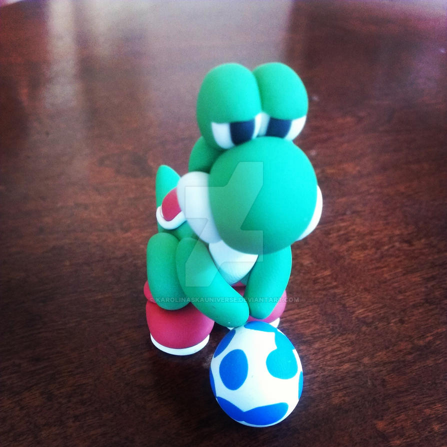 Polymer clay yoshi with blue egg by karolinaskauniverse on for Craft smart polymer clay