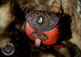 Victorian Scroll-Work Leather Purse by EastCoastLeather