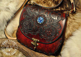 Western Rose Scroll-Work Tooled Leather Purse