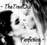 Jareth and Sarah Kiss by TheTreviOwl