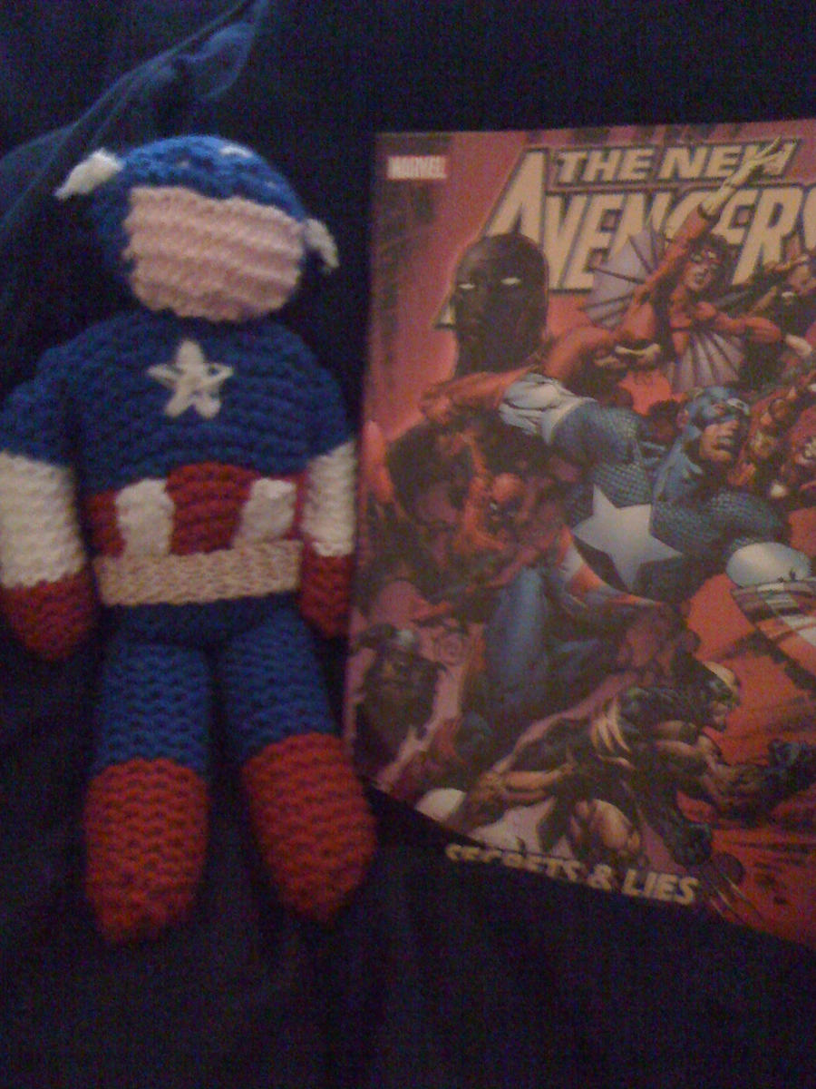Part 14 / 11 Captain_America_Plushie_by_Copper_Curls_Chaka