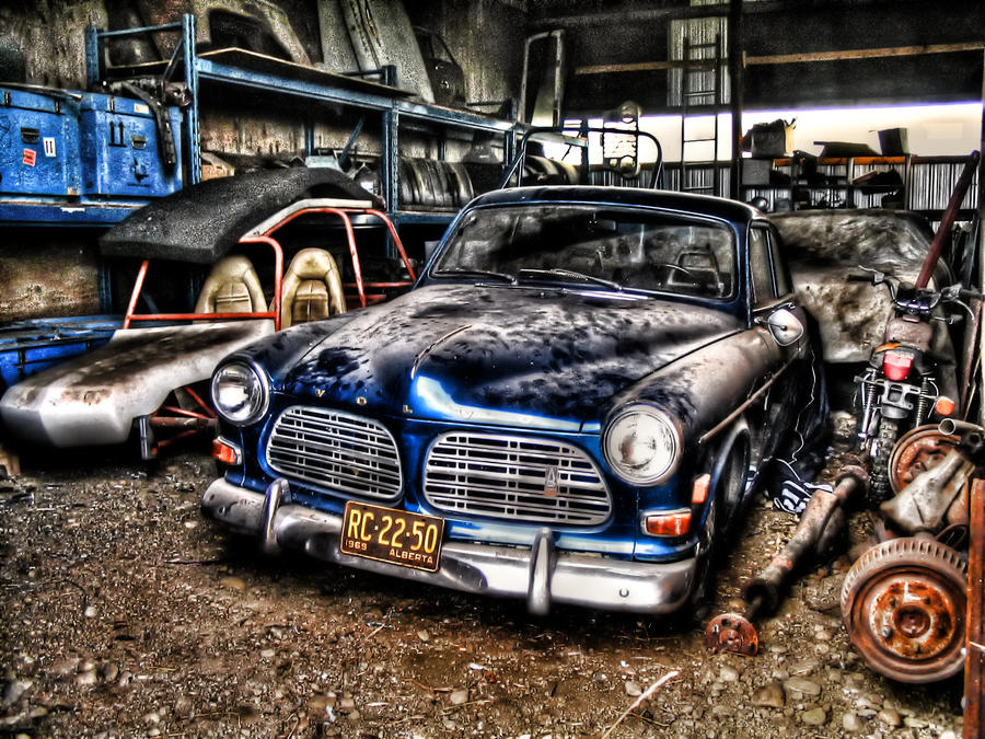 HDR Tutorial Photoshop 5 Shots Actions 1969 Volvo Amazon