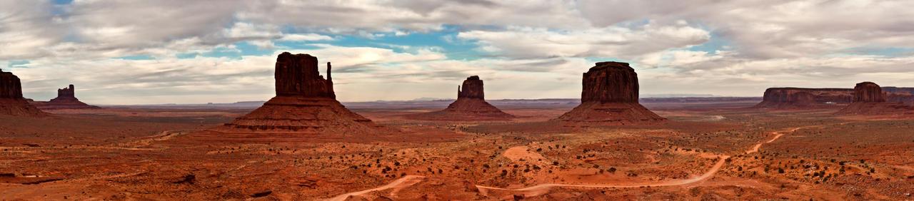 Monument Valley by kopfwiesieb