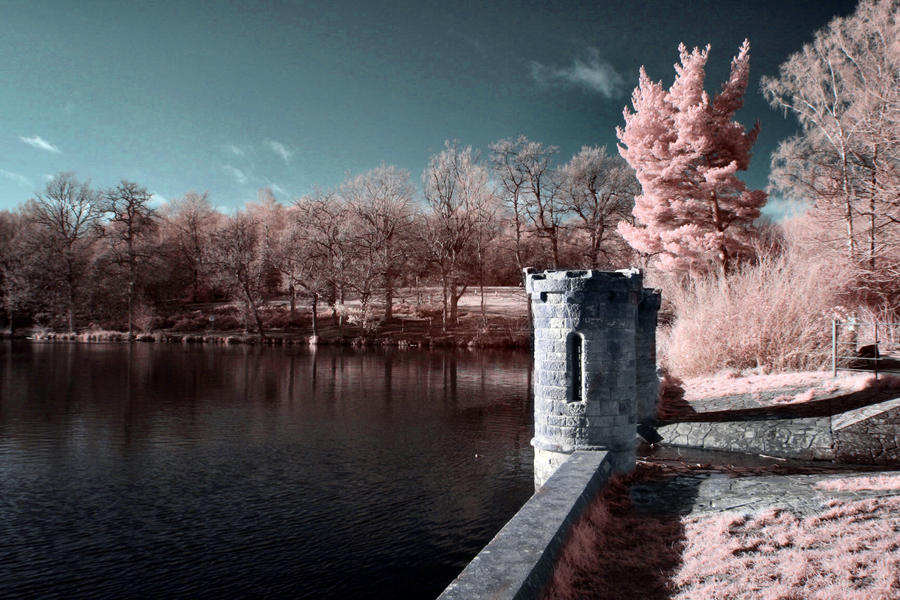 Infrared Fairytale Towers by lorni3