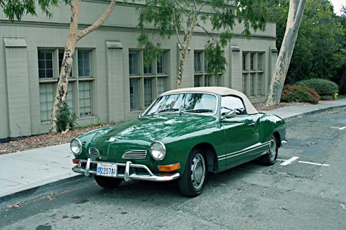 Green Car by SYK4NG