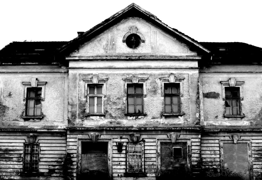 Old building III by VesnaRa014