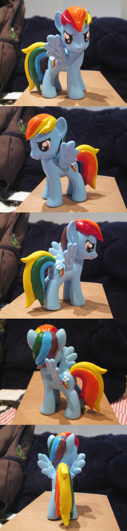 Molded Rainbow Dash Custom V2 by Amandkyo-Su