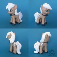Beignet - DerpyCon's Mascot by Amandkyo-Su