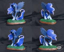 Luna Custom Pony by Amandkyo-Su