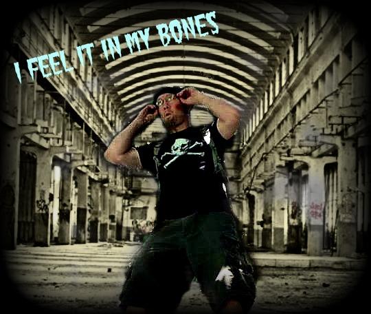 i_feel_it_in_my_bones_by_laurelsarainbow