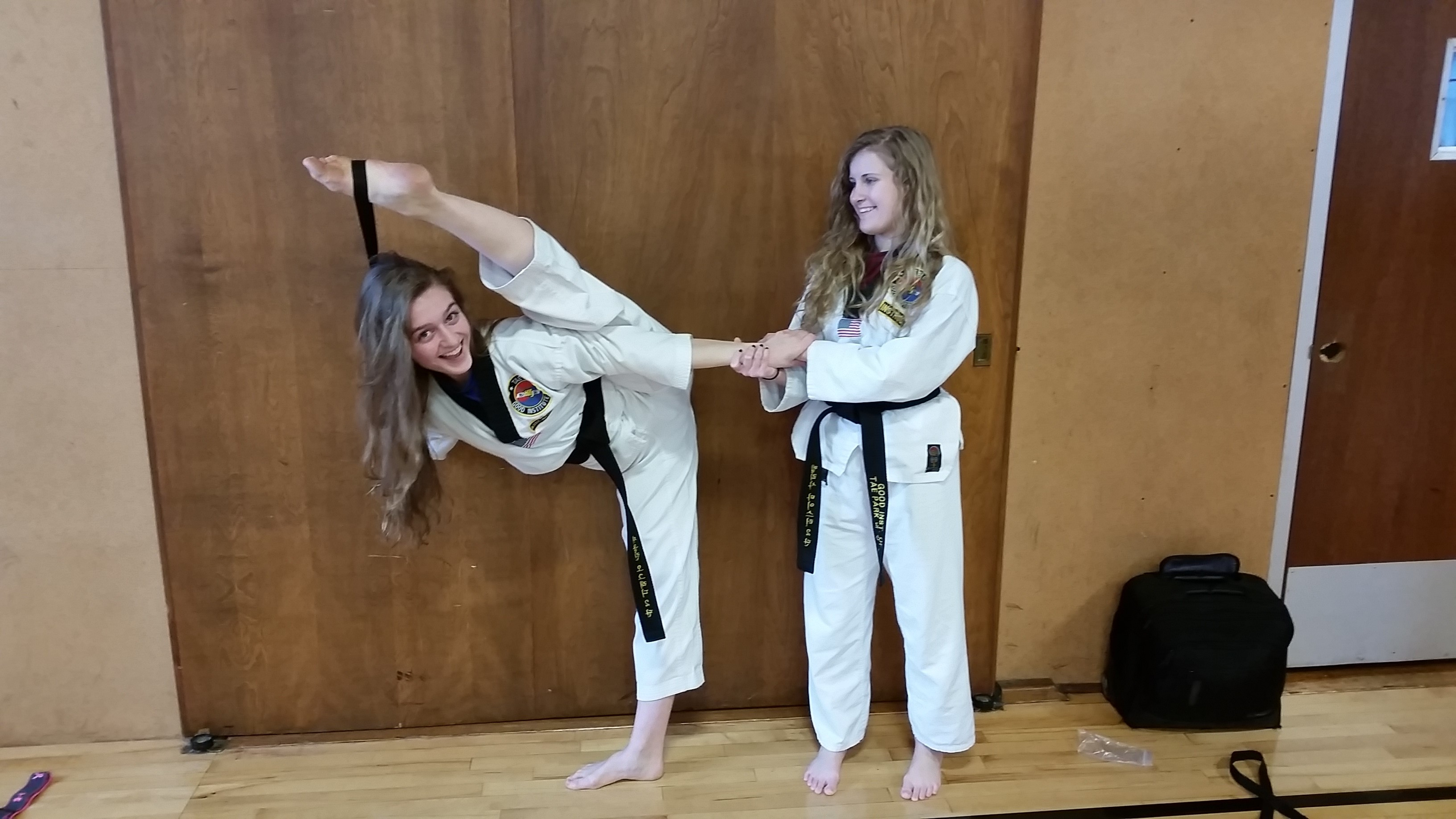 Hot taekwondo girl nude — pic 10