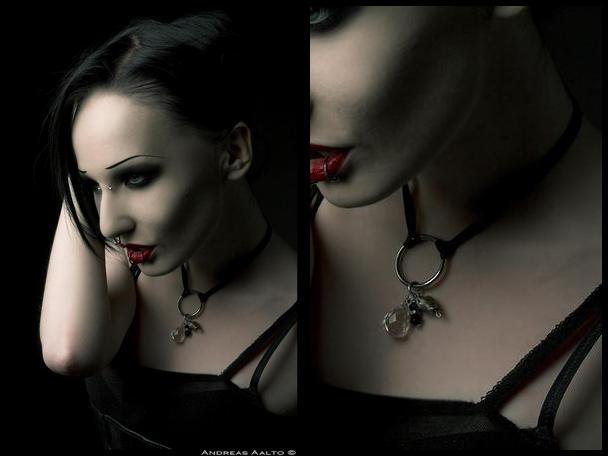 Yasmine's necklace 2