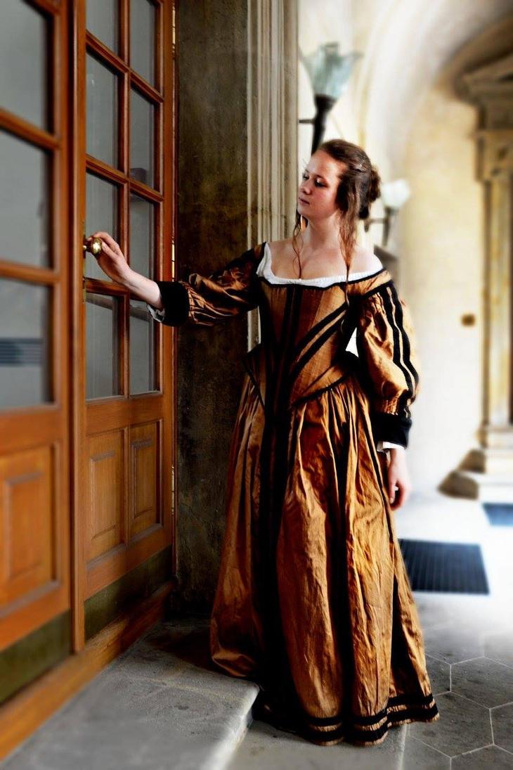 Baroque Beauty by MedievalJunkie
