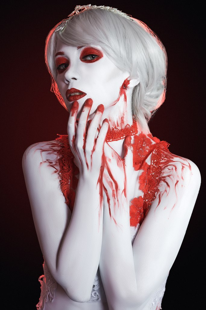 Bloody decadence Body-art by Afemera