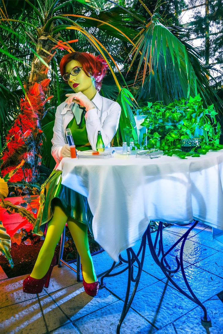 scientist Poison Ivy by Afemera