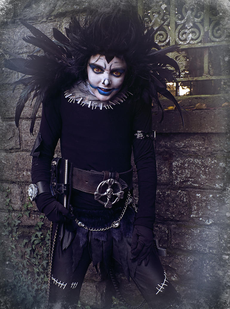 Shrunken Shinigami/DeathNote Cosplay Halloween2016 by Harpyimages