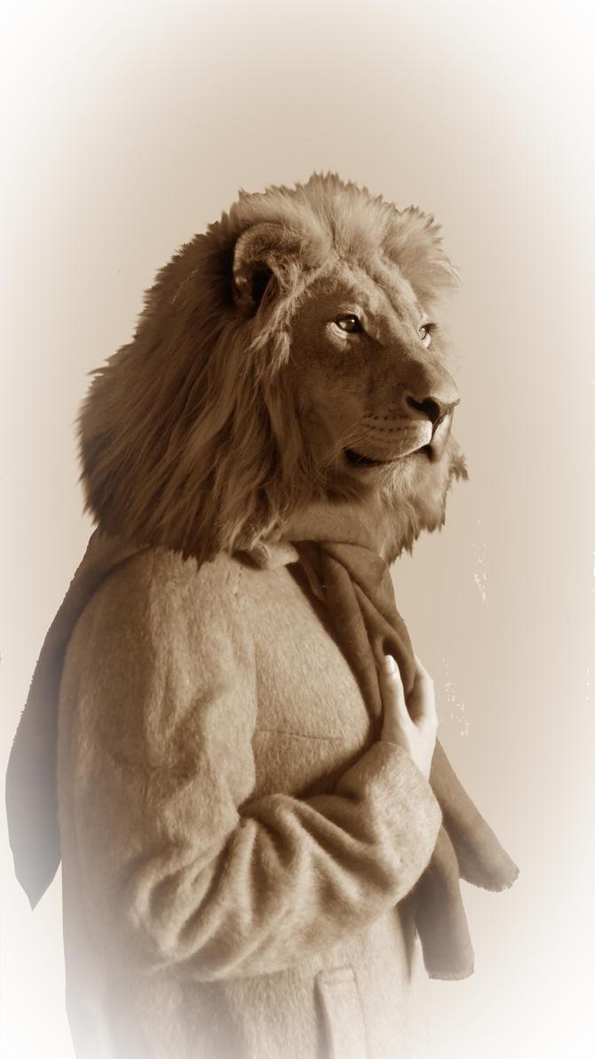 M lion by Legendawen